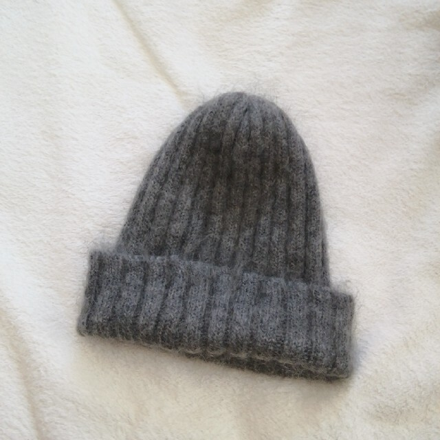UNITED ARROWS(ユナイテッドアローズ)の美品 ユナイテッドアローズ モヘア素材 ニット帽 ビーニー  レディースの帽子(ニット帽/ビーニー)の商品写真