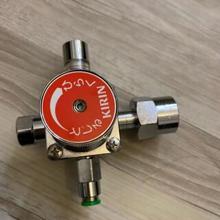キリン(キリン)のビールサーバー減圧弁美品テスト済み 麒麟 キリン KIRIN アサヒ サッポロ(アルコールグッズ)