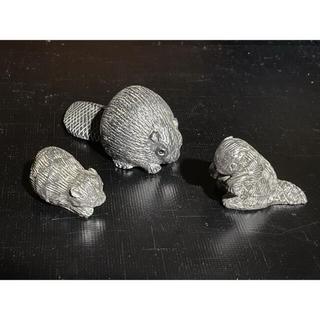 ハンドカービング カナダ ビーバー 石 の 置物 3種(彫刻/オブジェ)