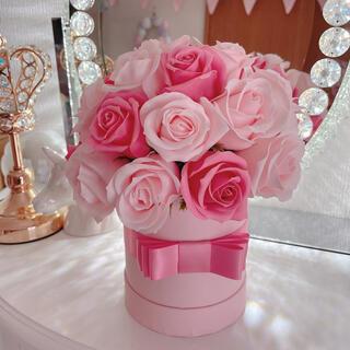 〈ピンク2色使いのローズ×ピンクボックス〉ソープフラワーボックス(その他)