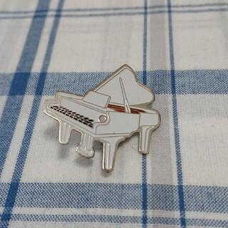 《ヴィンテージピンバッジ》グランドピアノ(ブローチ/コサージュ)