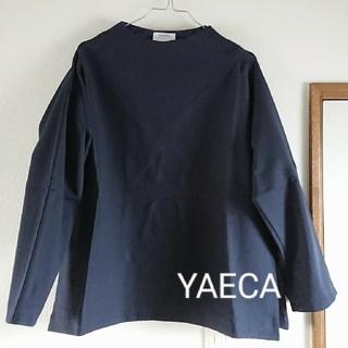 ヤエカ(YAECA)のYAECA CONTEMPO ジャージ素材 ボトルネックシャツ(カットソー(長袖/七分))