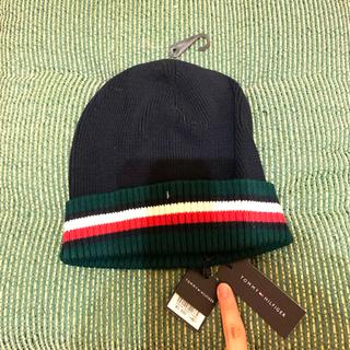 トミーヒルフィガー(TOMMY HILFIGER)のトミーヒルフィガーのニット帽☆ブラック 新品 SALE中❣️(ニット帽/ビーニー)