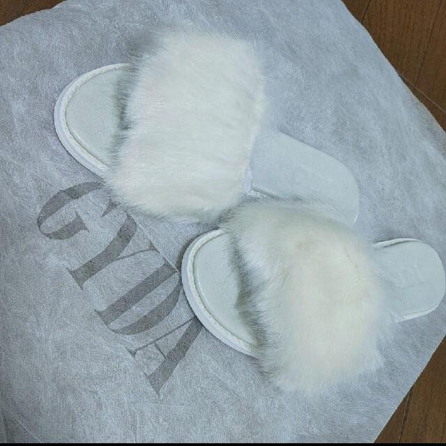 GYDA(ジェイダ)の未使用品!GYDA♡ファーサンダル レディースの靴/シューズ(サンダル)の商品写真