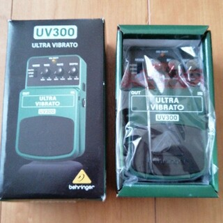 新品未開封 behringer UV300 ULTRA VIBRATO(エフェクター)