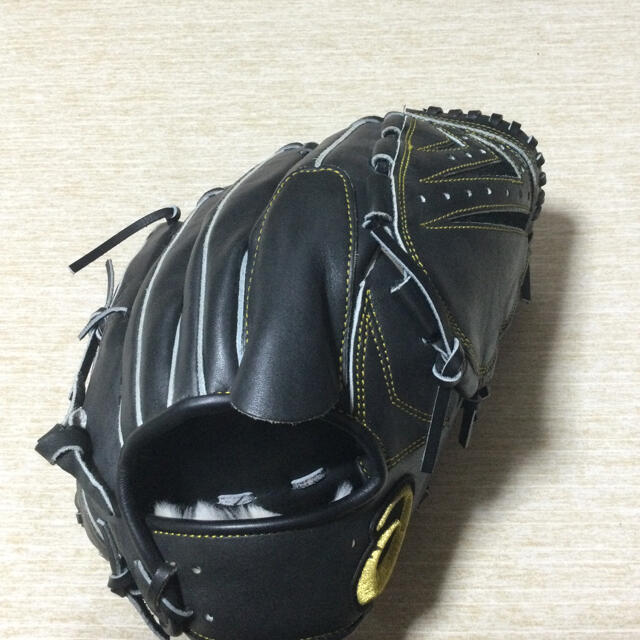 asics(アシックス)のasics 投手用グローブ スポーツ/アウトドアの野球(グローブ)の商品写真