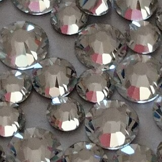 スワロフスキー(SWAROVSKI)のスワロフスキー 正規品 クリスタル ss5/7/9/12mix 100粒(デコパーツ)