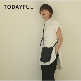トゥデイフル(TODAYFUL)の新品未使用 todayful ハーフスリーブドレスシャツ ブラック(Tシャツ(半袖/袖なし))