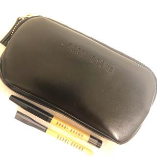 ボビイブラウン(BOBBI BROWN)の新品未使用✨BOBBY BROWNミニポーチ&ミニ筆(ポーチ)