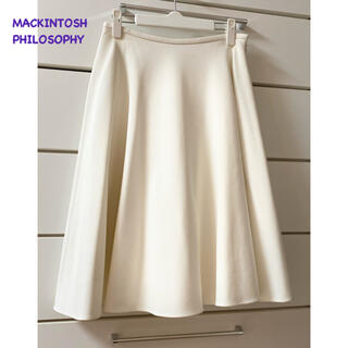 マッキントッシュフィロソフィー(MACKINTOSH PHILOSOPHY)の未使用に近い美品✦︎マッキントッシュフィロソフィー✦︎フレア スカート(ひざ丈スカート)
