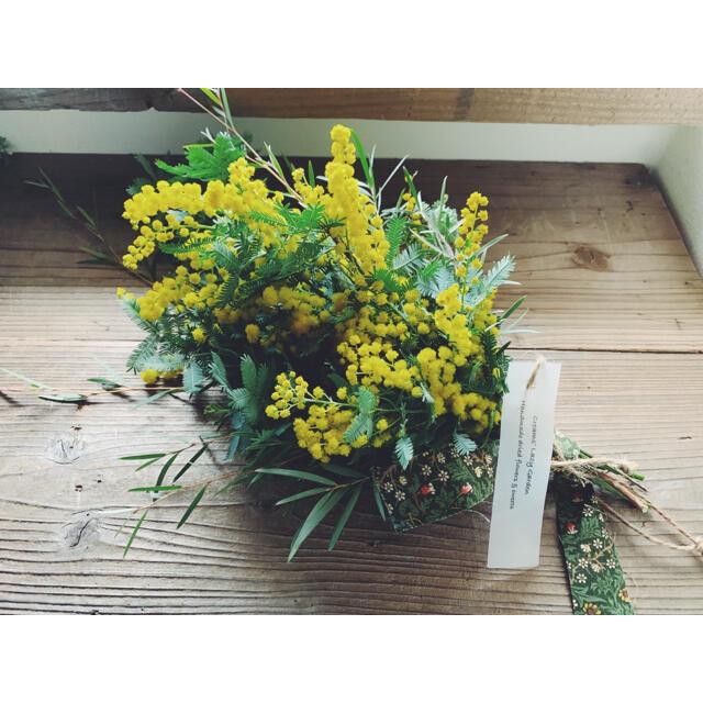 2021 mimosa 8 ギフトミモザ William Morris  ハンドメイドのフラワー/ガーデン(ドライフラワー)の商品写真