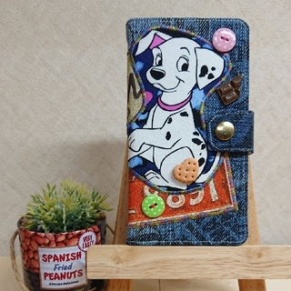 ディズニー(Disney)の☆ビンテージリメイク☆101匹わんちゃん手帳型iPhoneカバー ハンドメイド(スマホケース)
