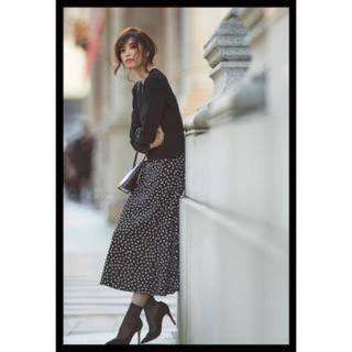 エムプルミエ(M-premier)の専用 手書き風ドットプリントスカート(ロングスカート)