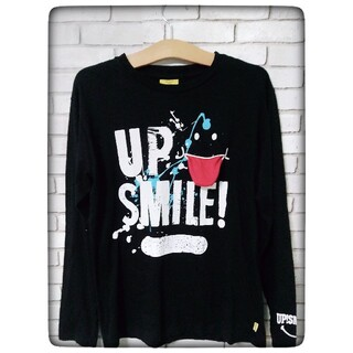アップスタート(UPSTART)のアップスマイル 黒色のロンティ(Tシャツ(長袖/七分))