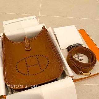 エルメス(Hermes)の新品・2021年Z刻印 エルメス エヴリン 16 TPM ゴールド ゴールド金具(ショルダーバッグ)
