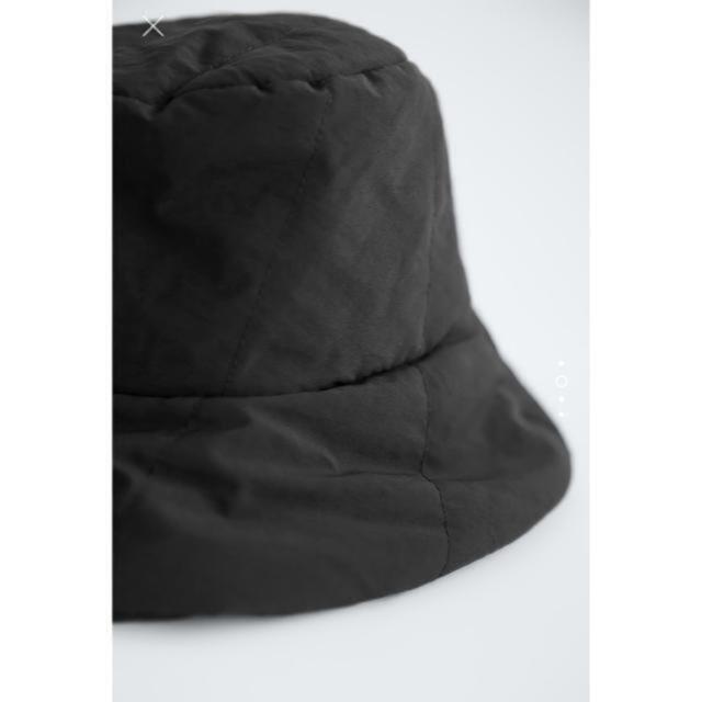 ZARA(ザラ)のzara バケットハット ブラック M レディースの帽子(ハット)の商品写真