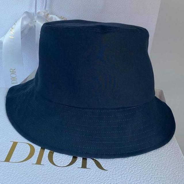 Dior(ディオール)のDIOR ハット ネイビー 新品未使用品 レディースの帽子(ハット)の商品写真