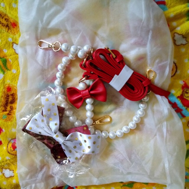 Angelic Pretty(アンジェリックプリティー)のストロベリー バッグ くらら様専用 レディースのバッグ(ショルダーバッグ)の商品写真