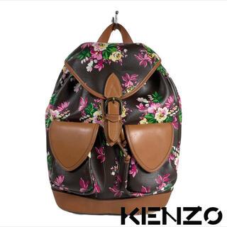 ケンゾー(KENZO)の美品 KENZO ボタニカル 花柄 A4収納可巾着 バックパック レザーxPVC(リュック/バックパック)