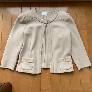 ハロッズ(Harrods)のハロッズHarrods七分袖丈ベージュのジャケット(ノーカラージャケット)