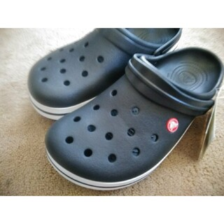 crocs - 【激安送料込み】大人気早い者勝ちブラックcrocs クロックスサンダル 28cm