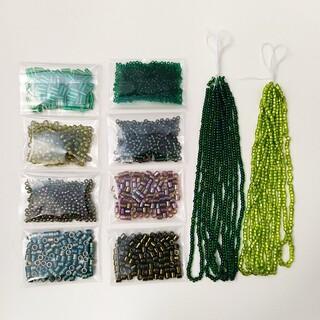 キワセイサクジョ(貴和製作所)のニュアンス色 ガラス 丸小ビーズ 丸小 デリカビーズ 緑系まとめて10セットA (各種パーツ)