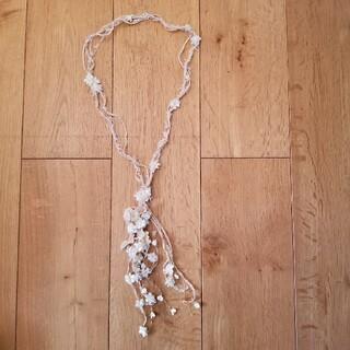エムスール(m.soeur)のお花のネックレス(ネックレス)