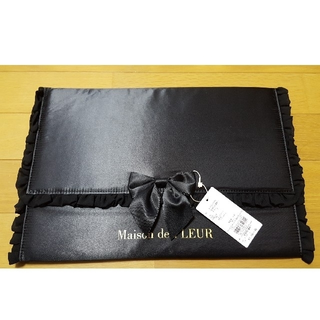 Maison de FLEUR(メゾンドフルール)の値下げ!メゾンドフルール 書類ケース 新品未使用 レディースのファッション小物(ポーチ)の商品写真