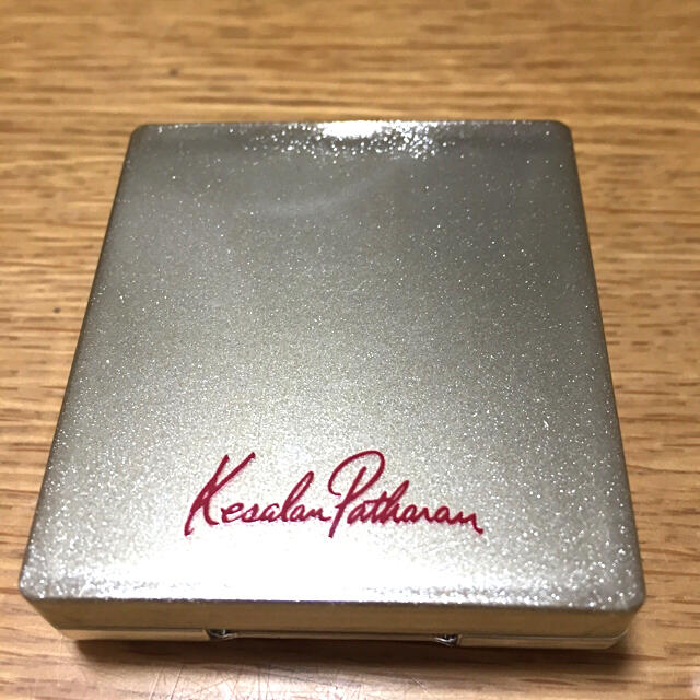 KesalanPatharan(ケサランパサラン)のケサランパサラン  アイシャドウ C01 コスメ/美容のベースメイク/化粧品(アイシャドウ)の商品写真