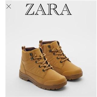 ザラ(ZARA)の新品 ZARA トラック ブーツ 22.9(ブーツ)