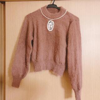フィント(F i.n.t)のパール付きセーター(ニット/セーター)