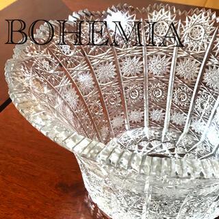 ボヘミア クリスタル(BOHEMIA Cristal)のBOHEMIA クリスタルカット ガラス花瓶(花瓶)