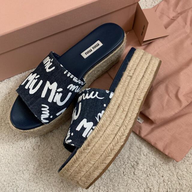 miumiu(ミュウミュウ)の♡プリン様♡専用 レディースの靴/シューズ(サンダル)の商品写真