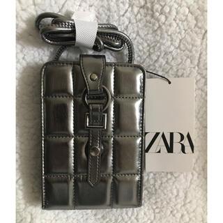 ザラ(ZARA)の【専用】ZARA パット入りスマートフォン パース(ボディバッグ/ウエストポーチ)