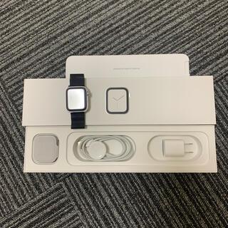 アップルウォッチ(Apple Watch)のアップルウォッチ series4 40mm シルバーステンレス(腕時計(デジタル))