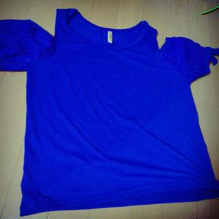 シマムラ(しまむら)のオフショル ブルー (Tシャツ(半袖/袖なし))