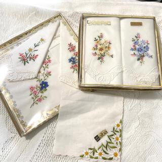 アルバ(ALBA)のスイス刺繍 花柄ハンカチ 6枚 訳あり(ハンカチ)