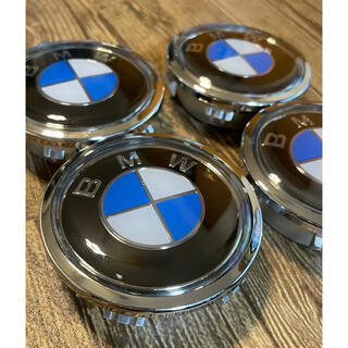 BMW - 【回転発光】BMW/回転発光電池不要/フローティングセンターキャップ4個セット
