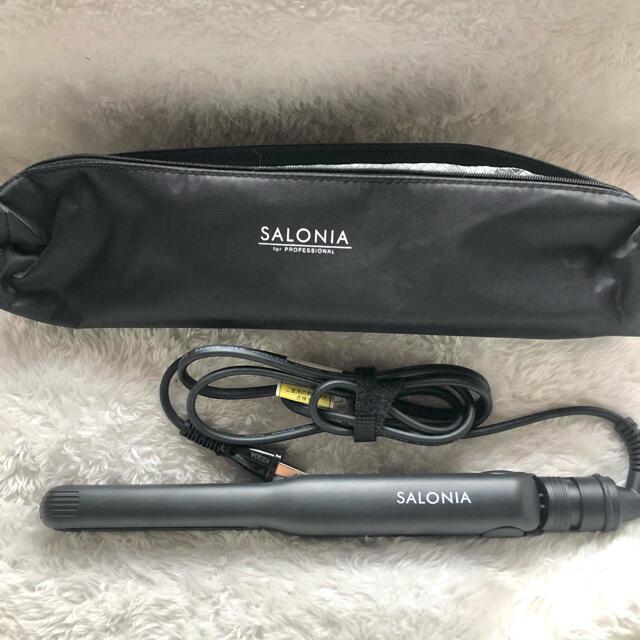 サロニアストレートアイロン(ブラック15mm) スマホ/家電/カメラの美容/健康(ヘアアイロン)の商品写真