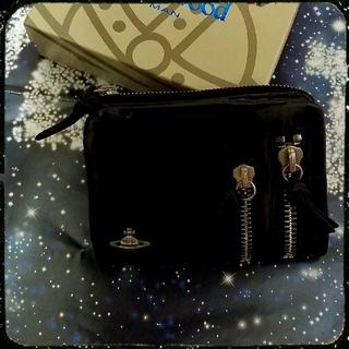 ヴィヴィアンウエストウッド(Vivienne Westwood)の牛革折財布(折り財布)