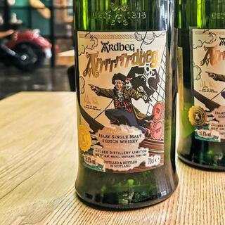 モエエシャンドン(MOËT & CHANDON)のアーーーーーーードベッグ ウイスキー(ウイスキー)