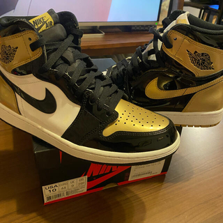 ナイキ(NIKE)の最終価格!Jordan1 Retro High OG NRG Gold Top3(スニーカー)