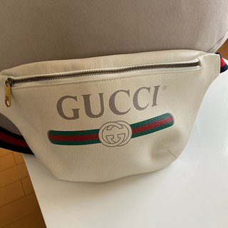 Gucci - GUCCIボディバッグ