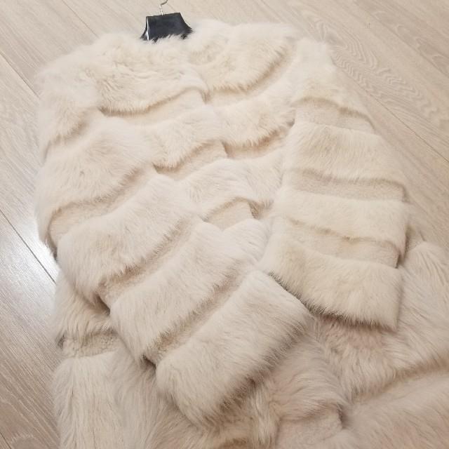 GRACE CONTINENTAL(グレースコンチネンタル)のファーコート マックスマーラ フォクシー シャネル セリーヌ レディースのジャケット/アウター(毛皮/ファーコート)の商品写真