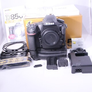 ニコン(Nikon)の鰤男さま専用 Nikon D850 フルサイズ グリップ付き(デジタル一眼)