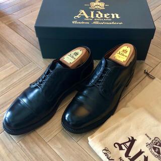 Alden - オールデン ビームスプラス 外羽根キャップトゥ ストレートチップ  革靴ブラック