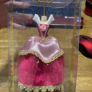 オーロラヒメ(オーロラ姫)のディズニープリンセス アクセサリースタンド ドレス オーロラ姫(キャラクターグッズ)