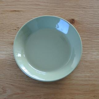 イッタラ(iittala)のiittala TEEMA 14cm オリーブグリーン 廃盤(食器)