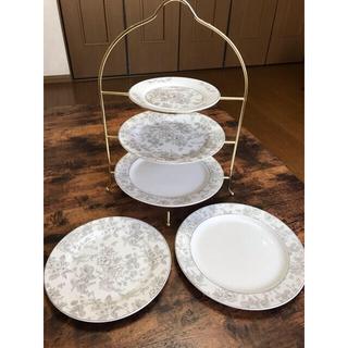 ニトリ(ニトリ)のお値下げしました❣️ニトリ 皿5枚 ザハラ(食器)