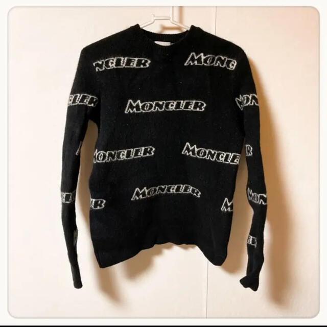 MONCLER(モンクレール)の☘P1☘モンクレール 総ロゴ ニット トップス S メンズのトップス(ニット/セーター)の商品写真